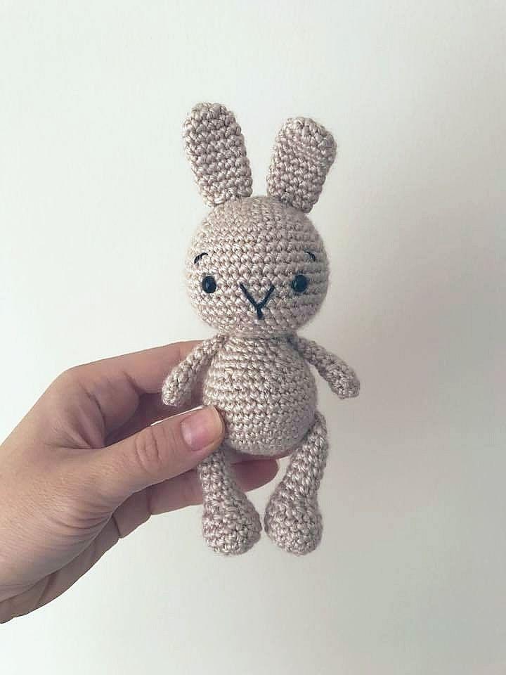 Фото как связать кролика крючком (7)