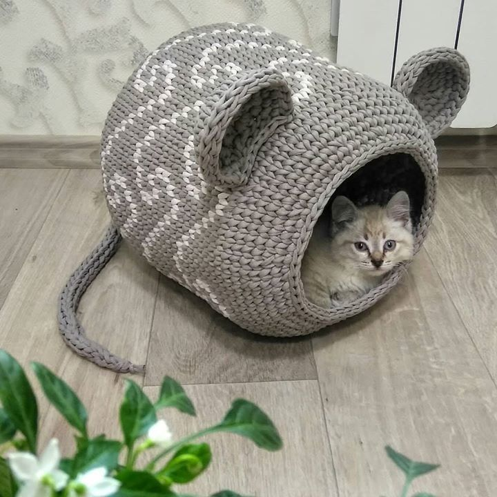 Вязаная крючком кроватка для кошки