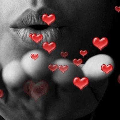 Открытка воздушный поцелуй мужчине (6)