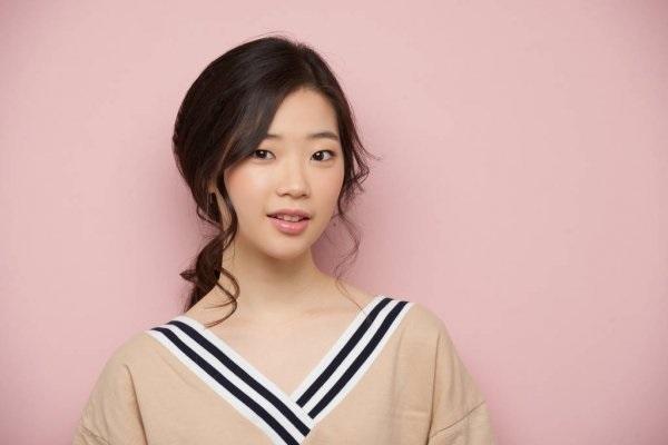Красивые фото на аву Кореянки, очень милые (21)