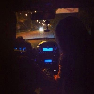 Красивые фото пар в машине ночью (3)