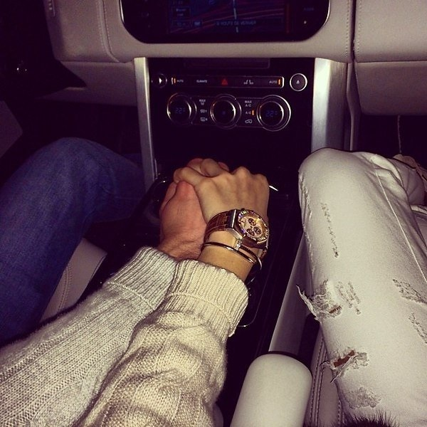 Красивые фото пар в машине ночью (8)