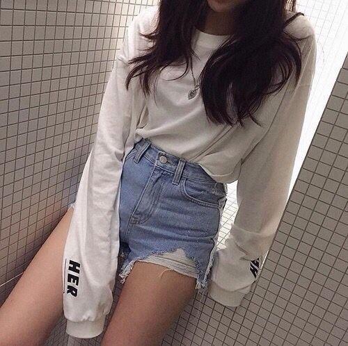 Девушки в джинсовых шортах на аву - лучшие фото (2)
