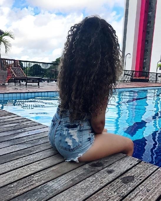 Девушки в джинсовых шортах на аву - лучшие фото (6)
