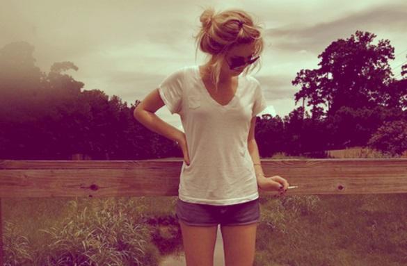 Девушки в джинсовых шортах на аву - лучшие фото (9)