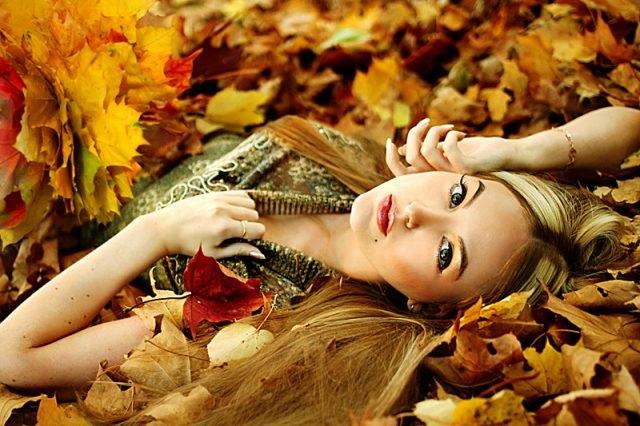 Красивые картинки девушек в сентябре - фото подборка за 2021 год (17)