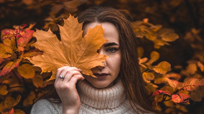 Красивые картинки девушек в сентябре - фото подборка за 2021 год (22)