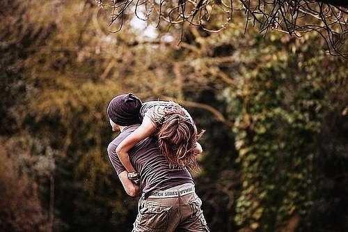 Красивые картинки девушка у парня на плече - 2021 год сборка (13)