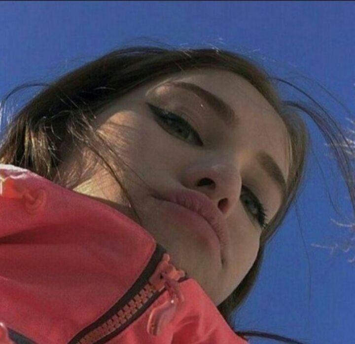 Крутые селфи девушек на аву, новинки за 2021 год (11)
