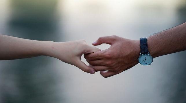 картинка рука женская и мужская (1)