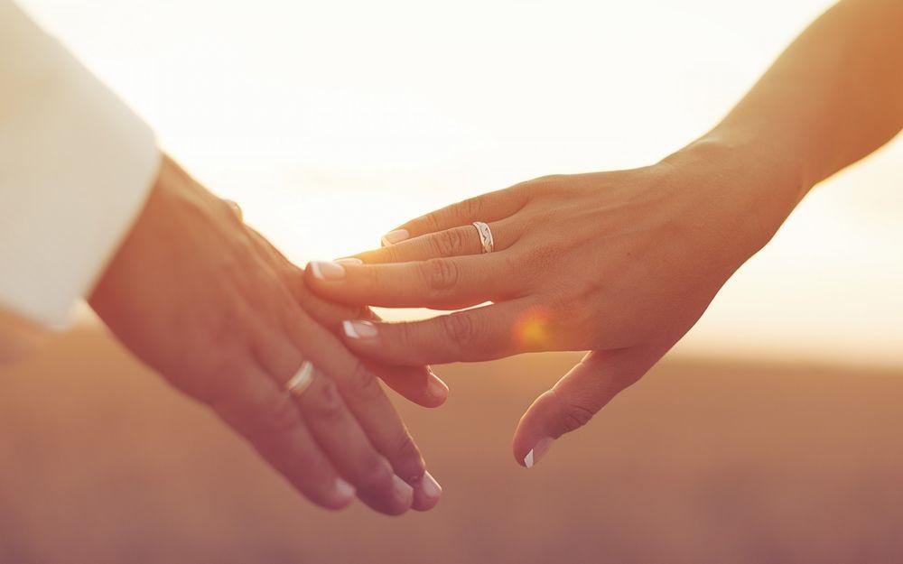 картинка рука женская и мужская (16)