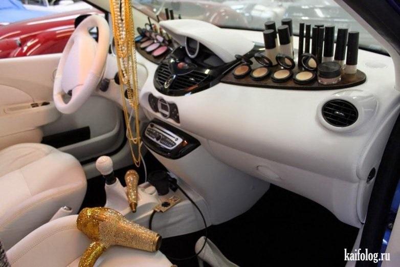 Девушка на аву на машине - топ аватарки за 2021 год (23)