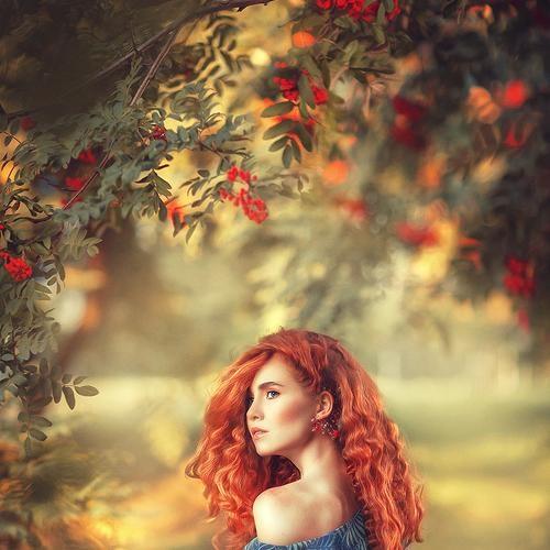 Рыжая девушка и осень - красивые картинки за 2021 год (2)