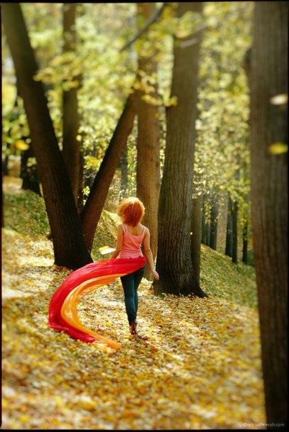 Рыжая девушка и осень - красивые картинки за 2021 год (21)