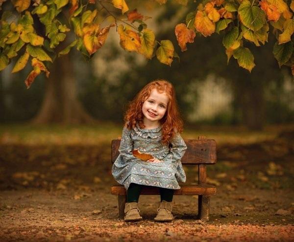 Рыжая девушка и осень - красивые картинки за 2021 год (25)
