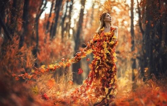 Рыжая девушка и осень - красивые картинки за 2021 год (26)
