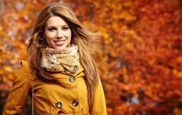 Рыжая девушка и осень - красивые картинки за 2021 год (27)