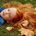 Рыжая девушка и осень — красивые картинки за 2021 год
