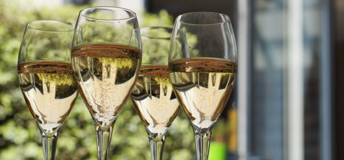 Картинки на Международный день шампанского   подборка (12)