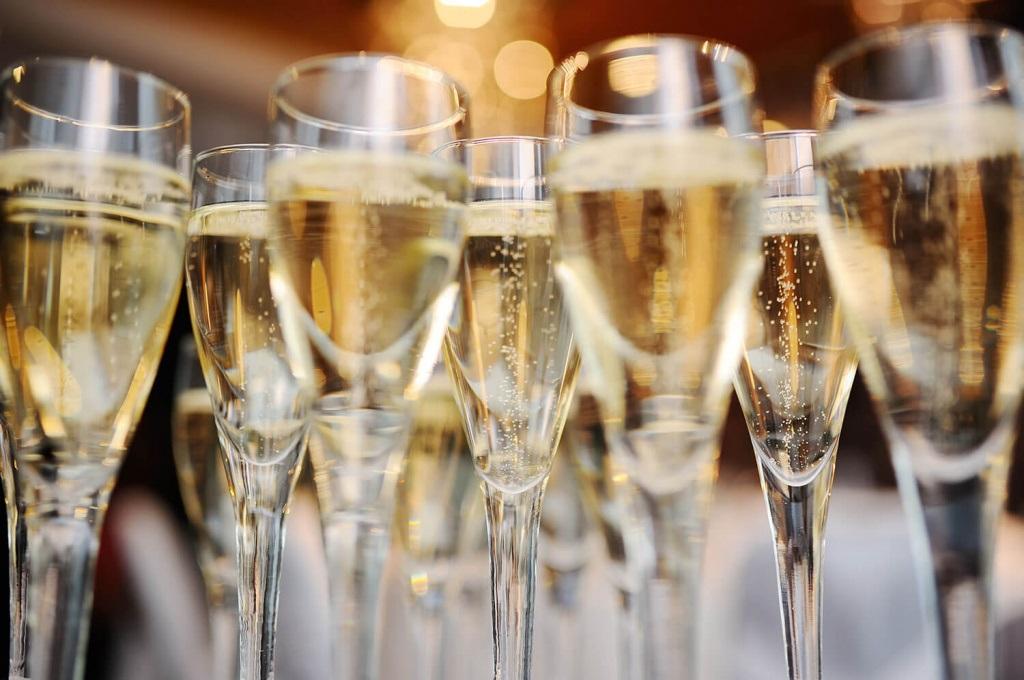 Картинки на Международный день шампанского - подборка (8)