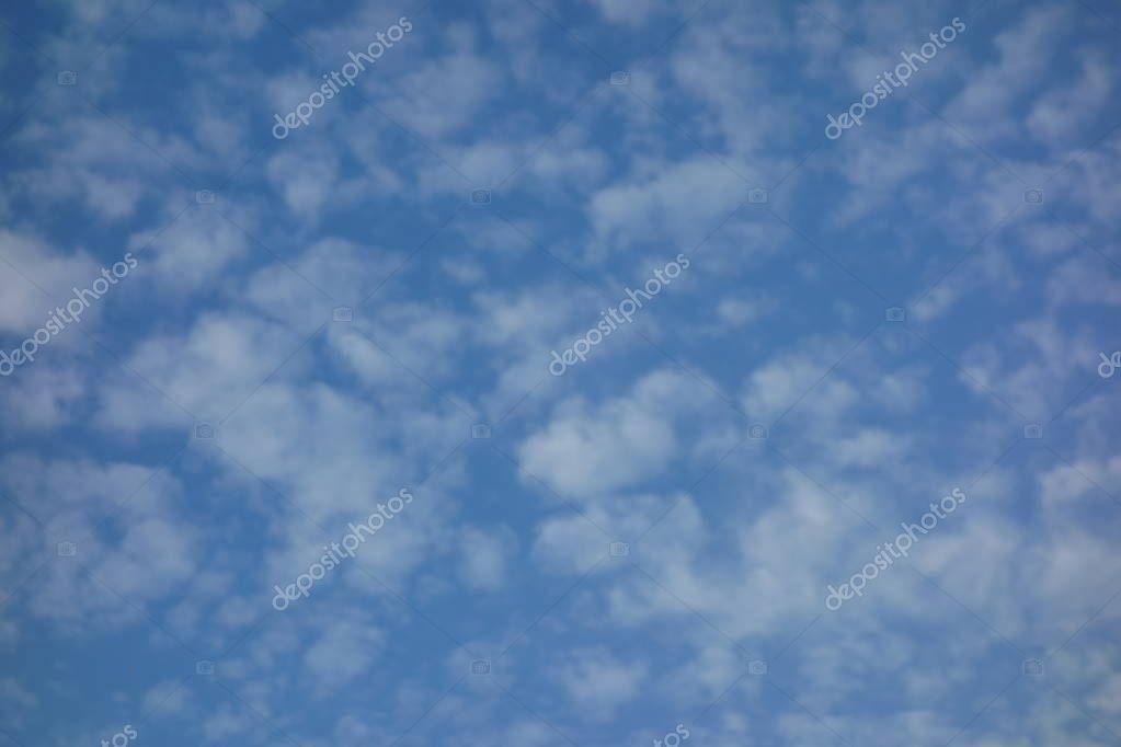 Картинки осеннего неба с облаками для детей (18)