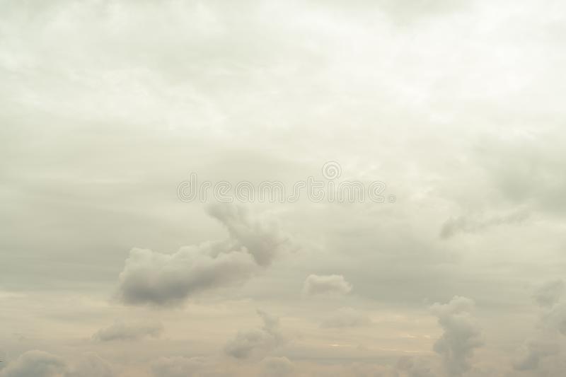 Картинки осеннего неба с облаками для детей (25)