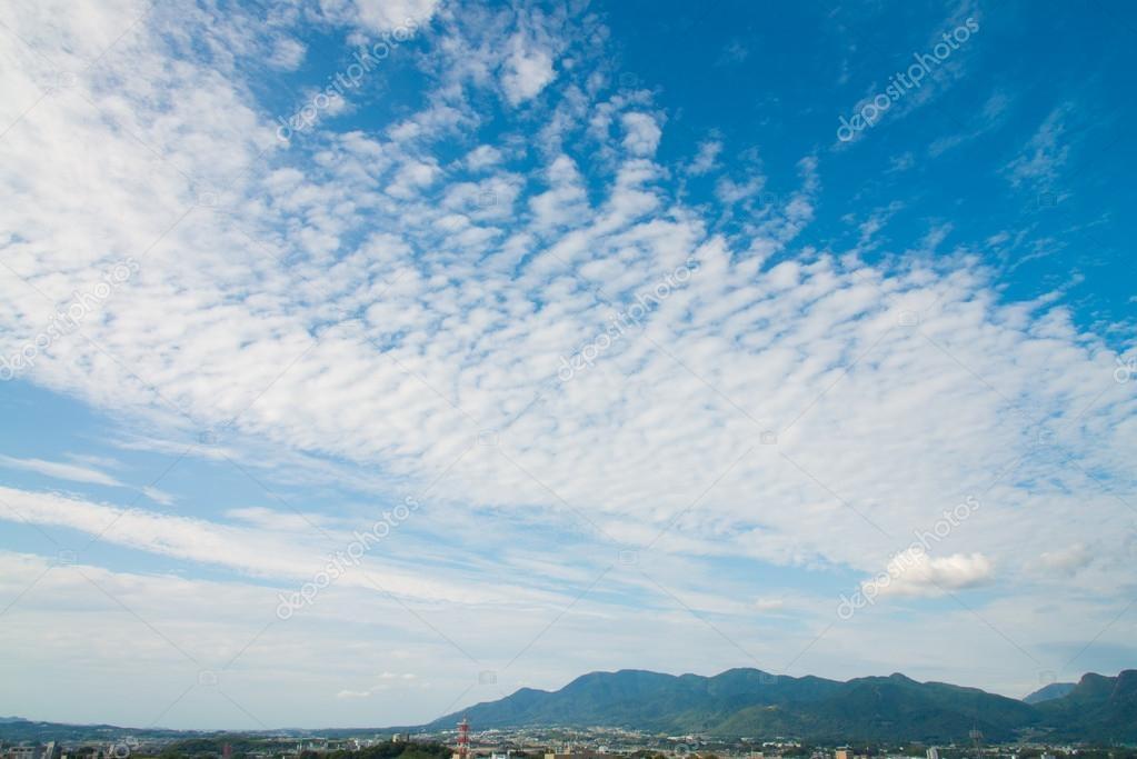 Картинки осеннего неба с облаками для детей (5)